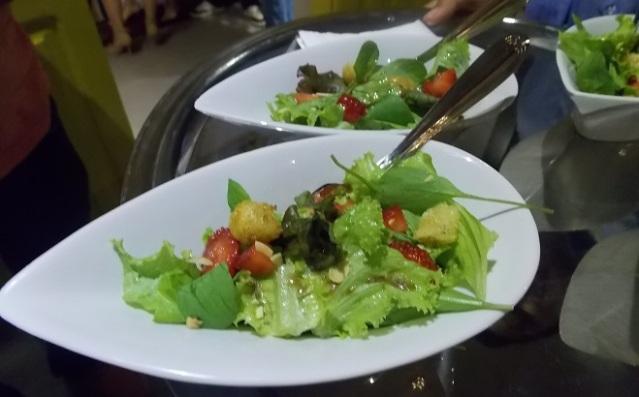 Salada com Morangos e Balsâmico