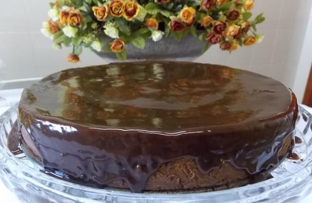 Bolo cremoso de chocolate e café (37)