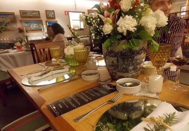 A decoração das mesas estava linda! by Douglas Soler