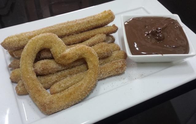 churros assado com nutella ou doce de leite